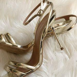 Zara metallic color /heels/sandals